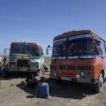 2泊3日ずっとバス移動!ウランバートルからバヤンウルギーまでの長距離バス旅。酔っ払いのカザフ人に絡まれて泣く